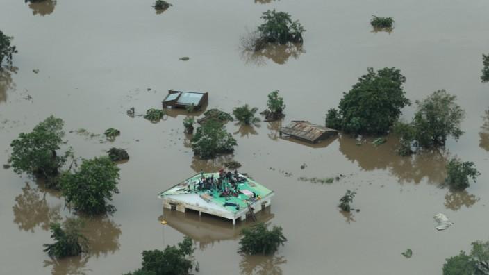 """Zyklon """"Idai"""" verwüstete in Mosambik das Festland"""