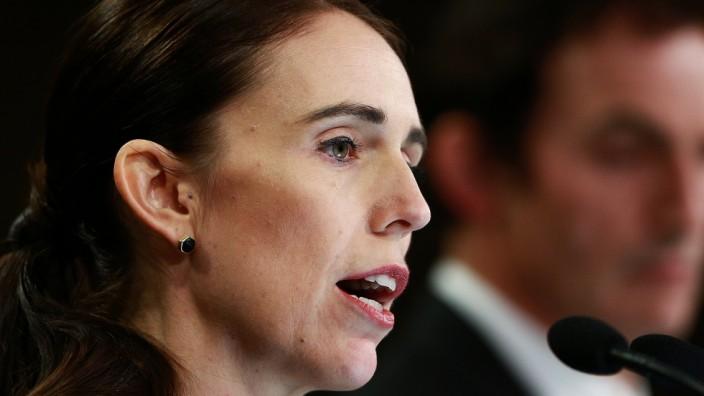 Neuseeland - Regierungschefin Jacinda Ardern verkündet Waffenverbot nach Anschlag in Christchurch