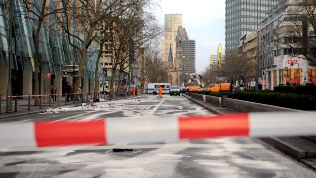 Raser in Berlin - Tauentzienstraße nach einem Unfall 2016