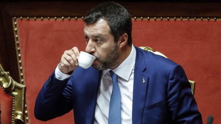 Italien: Italiens Vizepremier Matteo Salvini ist die internationale Kritik an seiner Regierung ziemlich egal.