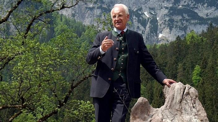 Edmund Stoiber im Nationalpark Berchtesgaden, 2003