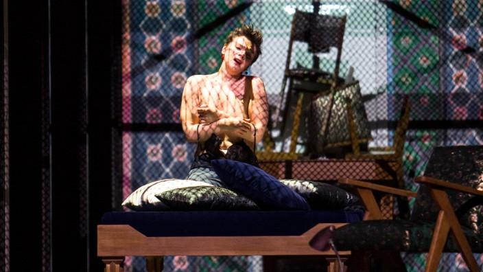 Bernd_Uhlig___Opera_national_de_ Paris Lady Macbeth de Mzensk 18.19--c--Bernd-Uhlig---OnP--22--1600px