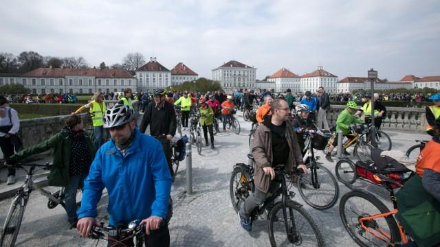 Radsternfahrt, Startpunkt vor Schloss Nymphenburg
