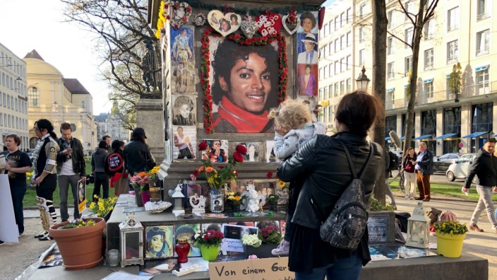 Protest gegen Michael-Jackson-Doku  'Leaving Neverland'