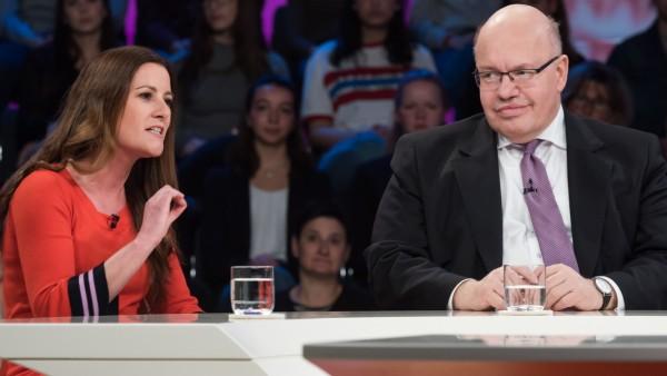 MaybritIllner - Gäste Janine Wissler und Peter Altmaier