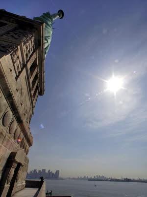 Das Innere der Freiheitsstatue in New York wird wieder für Besucher geöffnet, AP