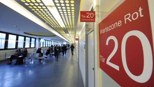 Wartebereich im KVR in München, 2019