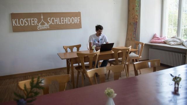 Cohaus Kloster Schlehdorf Seminar-, Gäste- & Atelierhaus der WOGENO München eG