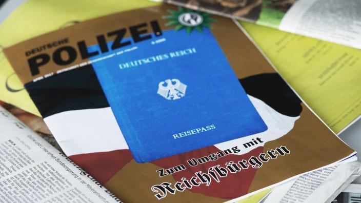 "Nähe zu ´Reichsbürger""-Szene - Bayern entlässt zwei Polizisten"