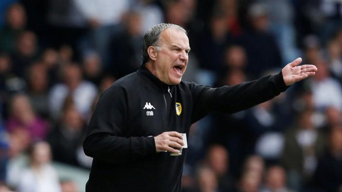 Championship - Leeds United v Aston Villa