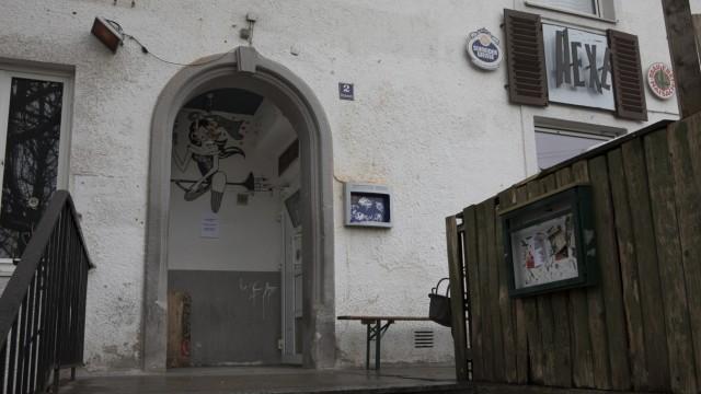 Hexe Gröbenzell, ehemalige Bahnhofswirtschaft