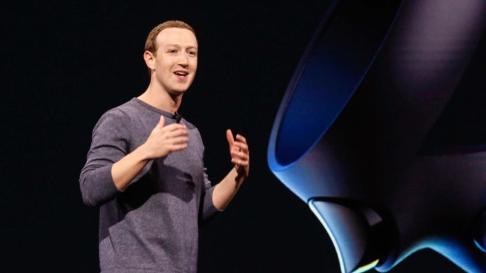 Facebook Mark Zuckerberg Oculus VR