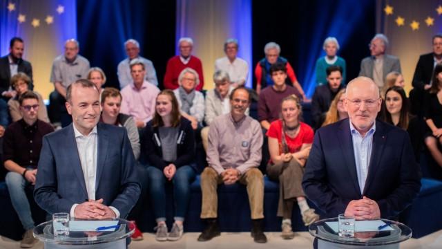 Manfred Weber und Frans Timmermanns in Wahlarena zur Europawahl