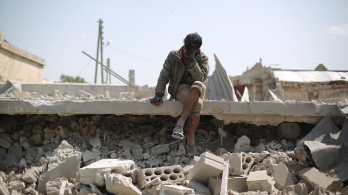 Konflikt in Syrien - Luftangriffe Idlib