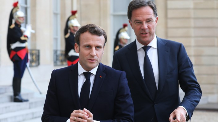 Emmanuel Macron und Mark Rutte 2019 in Paris