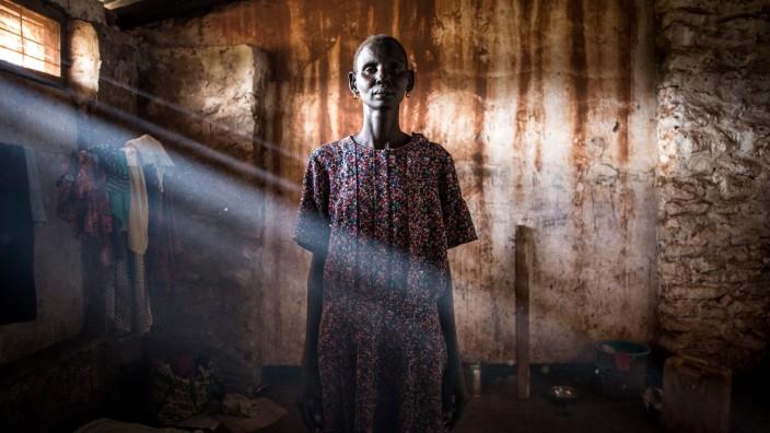 Eine aus dem Südsudan geflohene Frau im Flüchtlingslager Aru in der Demokratischen Republik Kongo 2019.