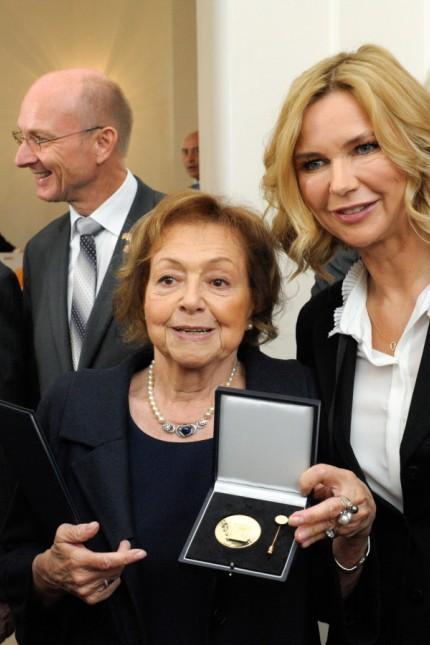 Auszeichnung: Auch Elisabeth Wicki-Endriss und Veronica Ferres wurden geehrt.