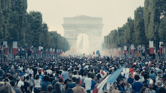 """Cannes: """"Les Misérables"""" heißt der Wettbewerbsbeitrag des Franzosen Ladj Ly, der lose auf der Vorlage von Victor Hugo basiert."""