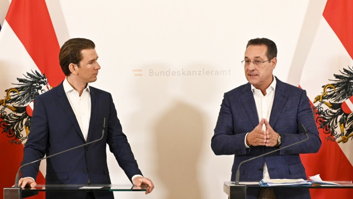 Österreich - Ministerrat tagt - Kurz und Strache