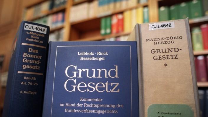 Themenpaket 70 Jahre Grundgesetz