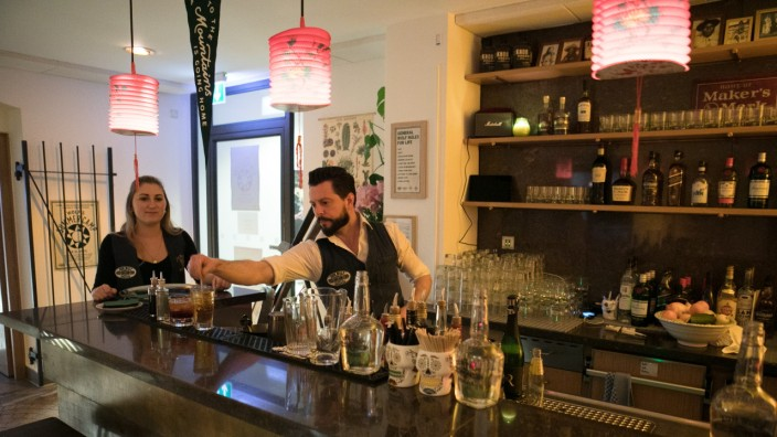 Bar: Wolf's Summercamp, Alter Hof 3 in der Altstadt