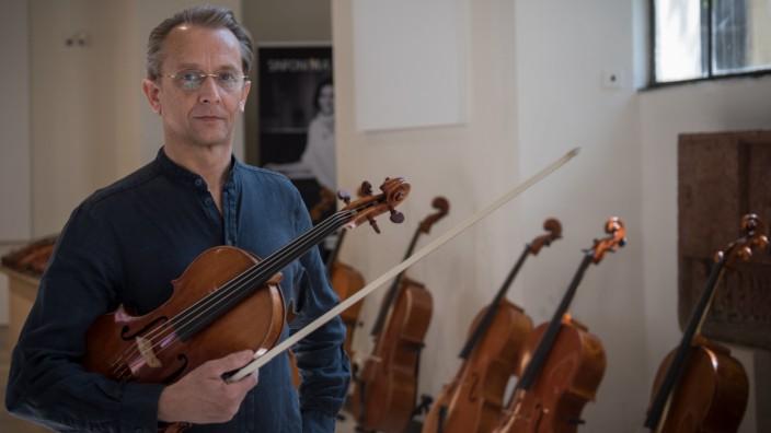 Geigenbauer Wolfgang Schiele