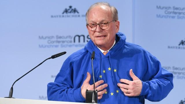 Europäische Union: Zur Eröffnung der Münchner Sicherheitskonferenz im Februar trug Ischinger einen Europa-Hoodie.