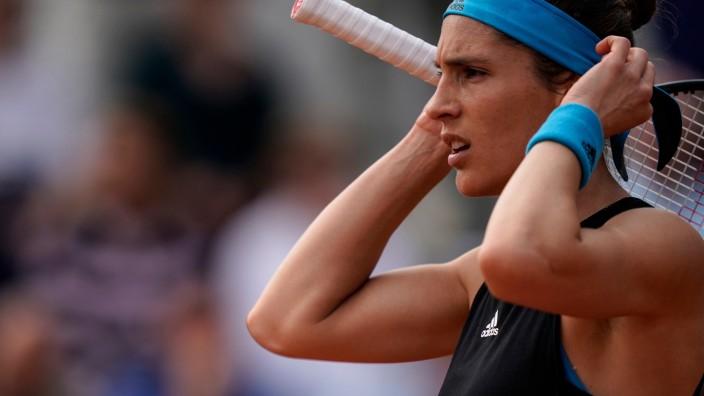 """Buch von Andrea Petković: Andrea Petkovic ist Tennisspielerin - und sie begleitete eine Indie-Band namens """"Tennis"""" auf Tour. Kein Witz."""