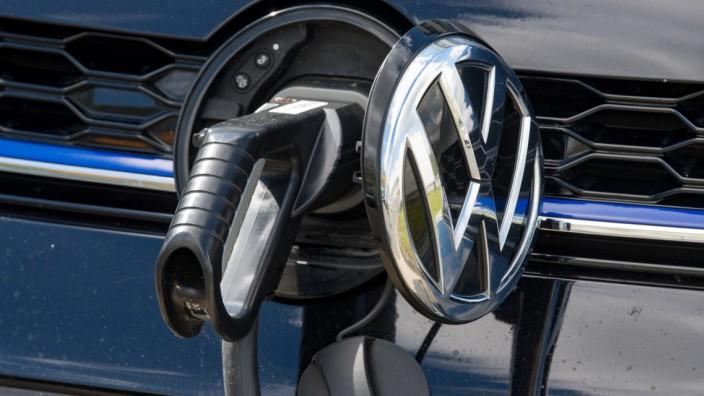 Elektromobilität - Volkswagen setzt auf E-Autos aus Zwickau