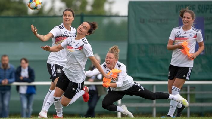 Vor der Frauen-Fußball-WM in Frankreich -Training