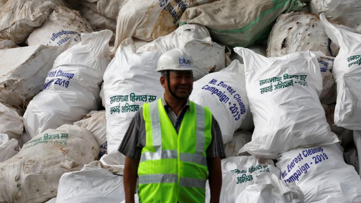 Nepal: Aufräum-Aktion am Mount Everest
