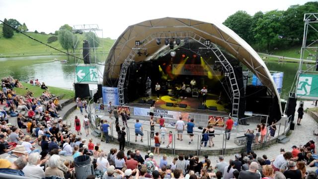 """Open-Airs in München: Nicht auf der Seebühne wie früher, sondern im Stadion: Drei Tage lang wird auch der """"Theatron Musiksommer"""" stattfinden können."""