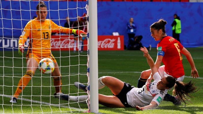 Women's World Cup - Group B - Germany v Spain