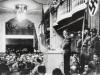 Adolf Hitler spricht im Bürgerbräukeller, 1939