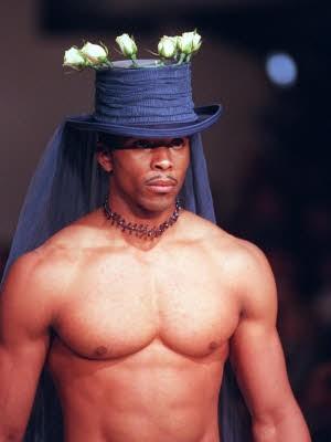Kleider für Ja-Sagerinnen