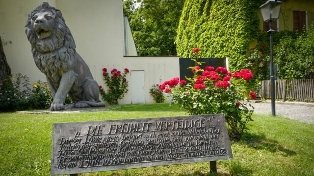 Wittelsbacher Palais: Der Portal-Löwe steht jetzt in Schwabing.