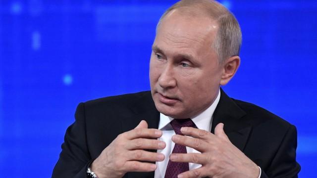 Putin bei TV-Show 'Direkter Draht'