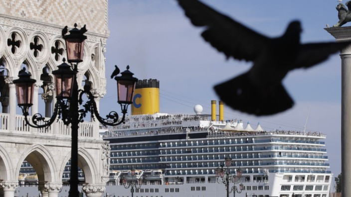Nach dem Schiffsunfall von Venedig