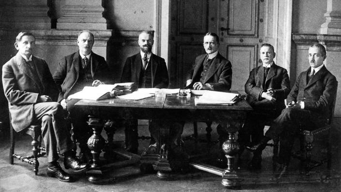 Deutsche Delegation für die Friedensverhandlungen in Versailles, 1919