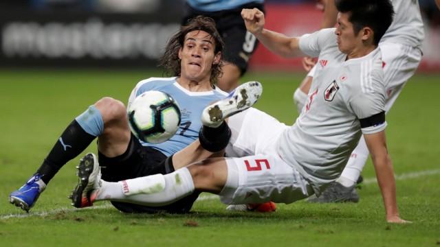 Copa America Brazil 2019 - Group C - Uruguay v Japan