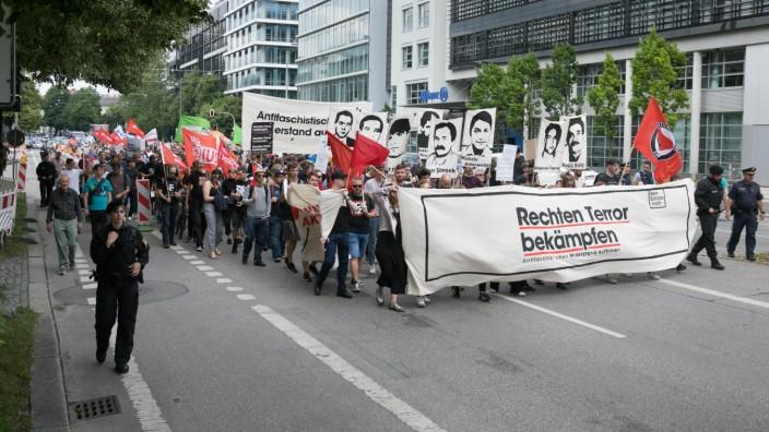 """Demo Rechten Terror bekämpfen âÄ"""" Antifaschistischen Widerstand aufbauen"""