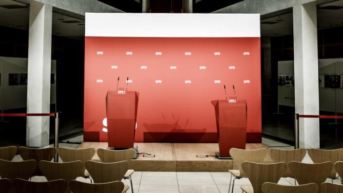 SPD - Rednerpulte im Willy-Brandt-Haus