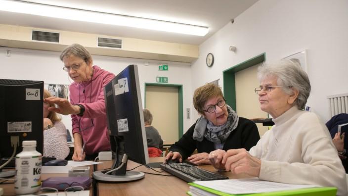 PC-/Internetkurs für Senioren, Gubestr. 5, Moosach