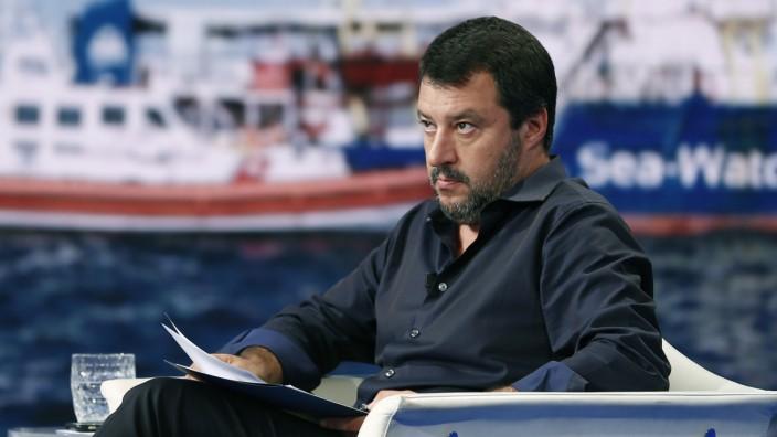 In seiner Zeit als italienischer Innenminister verwehrte Matteo Salvini Rettungsschiffen, Flüchtlinge in Italien an Land zu bringen.