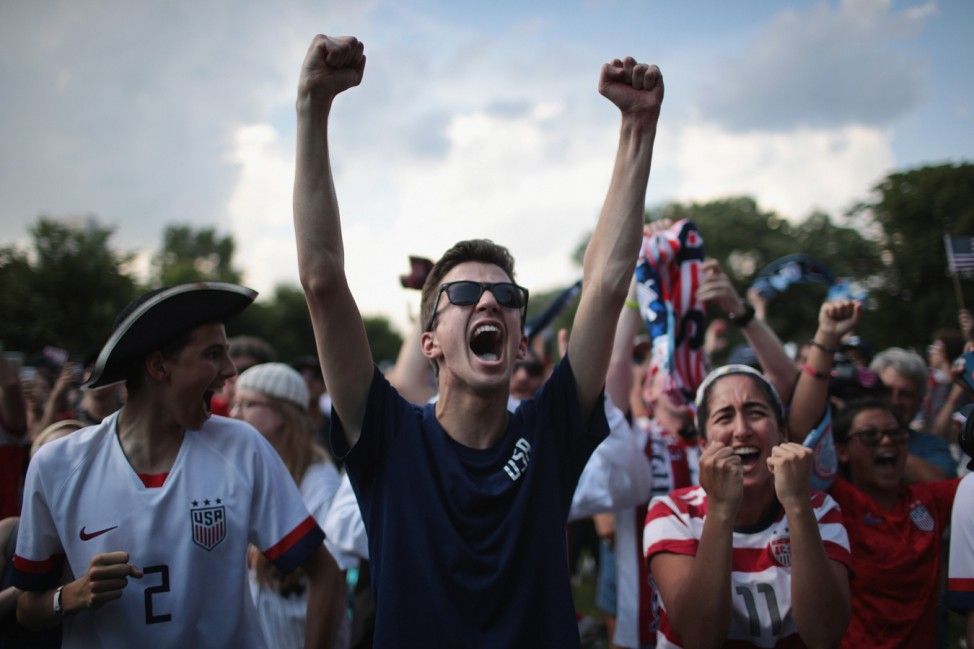 Fans In Chicago Watch USA Beat England To Advance To The Women's World Cup Final