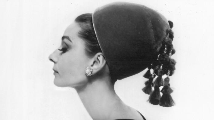 Hut von Audrey Hepburn für mehr als 45.000 Dollar verkauft