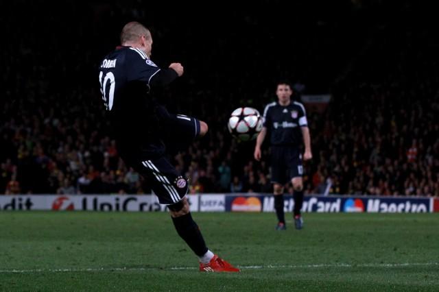 Manchester United v Bayern Muenchen - UEFA Champions League; Robben