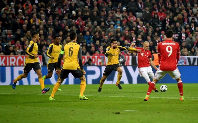 FC Bayern Muenchen v Arsenal FC - UEFA Champions League Round of 16: First Leg; Robben Arsenal 2010