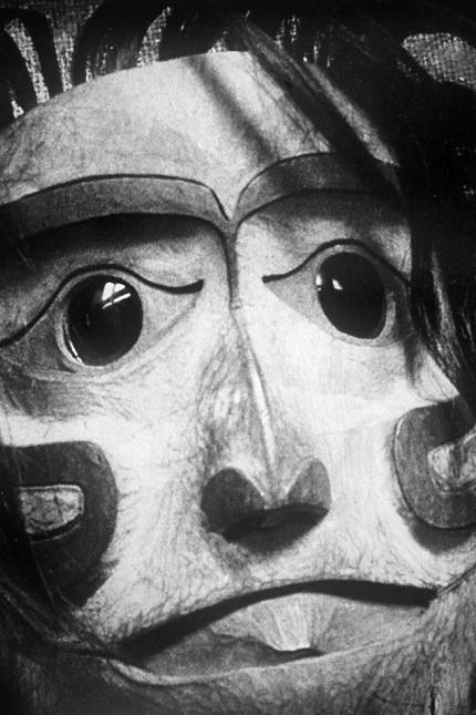 Ilse Schneider-Lengyel - Fotografien aus Die Welt der Maske