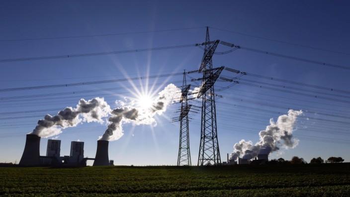 Kraftwerk Neurath von RWE Neurath 27 12 2018 *** Neurath power plant from RWE Neurath 27 12 2018